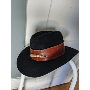 *VINTAGE* beaver brand hat